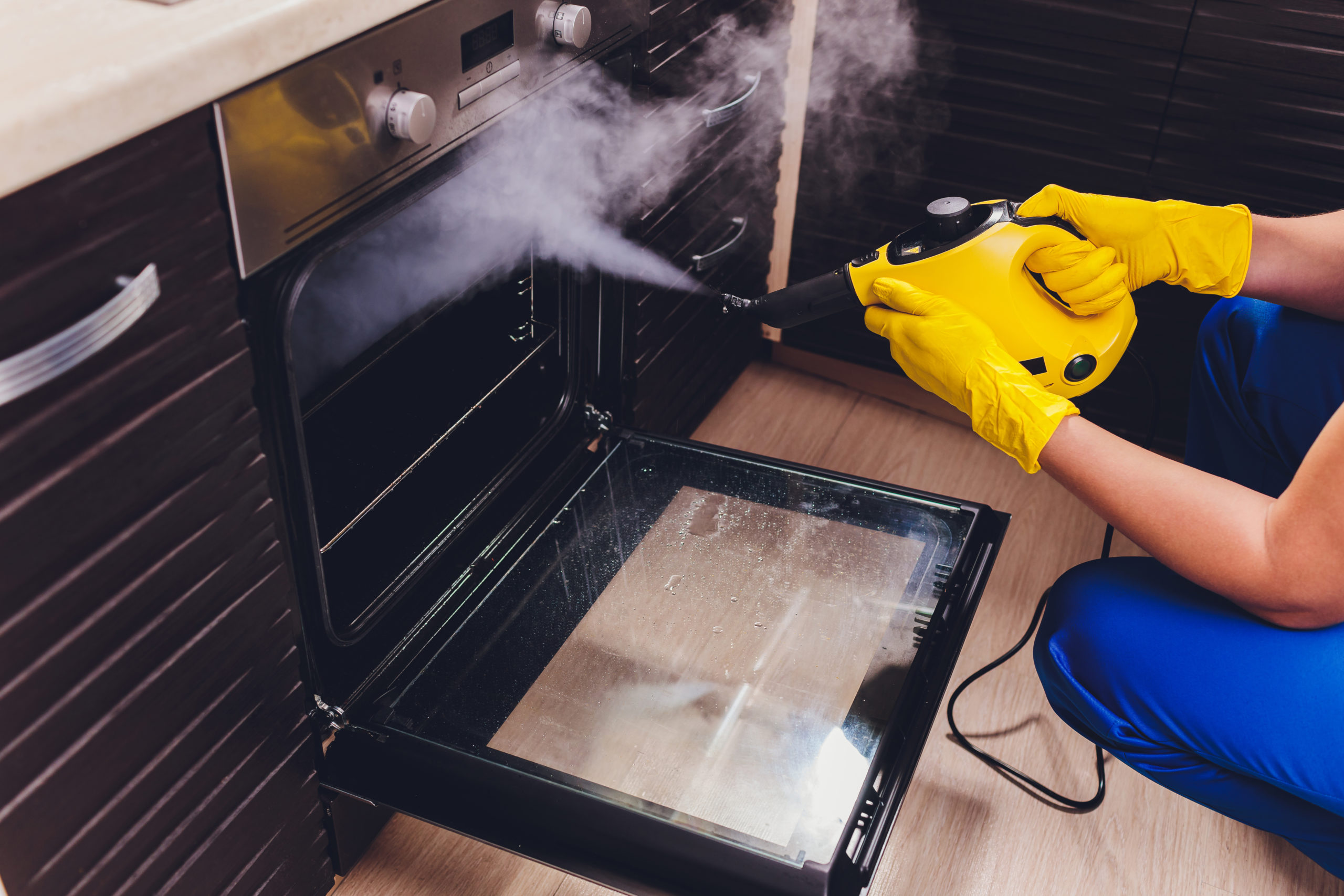 pulizia casa vapore
